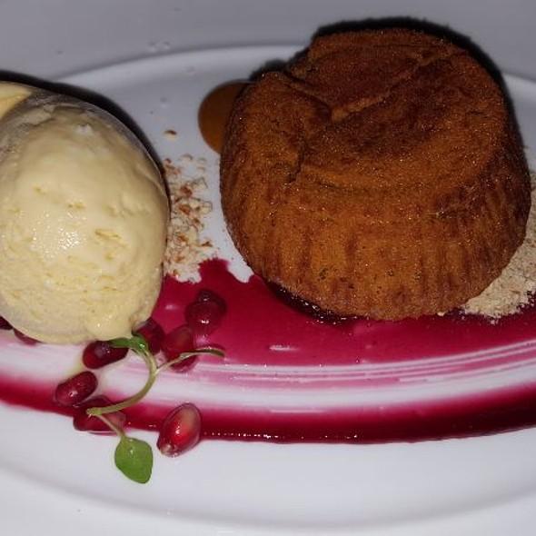 Oozing Dulce de Leche Cake