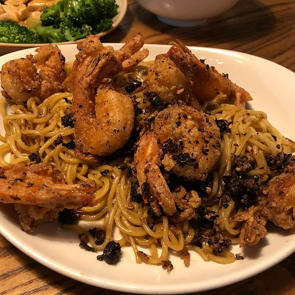 Long Life Noodles With Prawns @ P.F. Chang's
