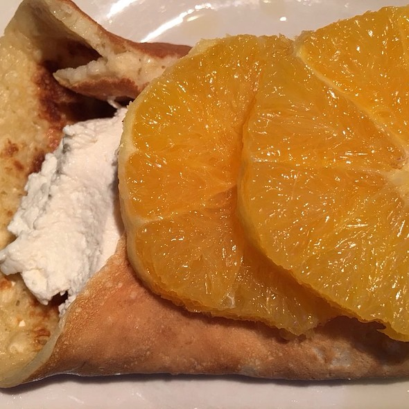 Egg pancake with creamy cottage cheese and orange @ Apartment