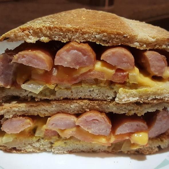 Arabiki Sausage Sandwich