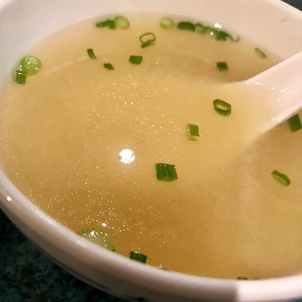 Soup @ HENIU TEPPAN YAKI 赫牛铁板烧