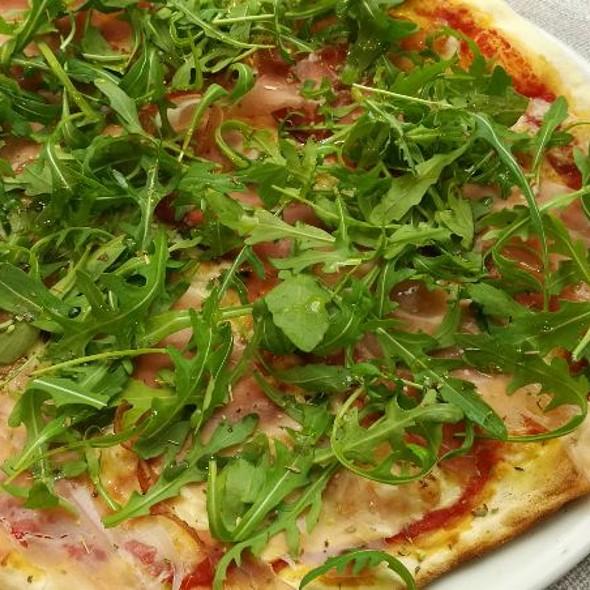 Pizza Scamorza, Speck, Porcini E Rucola @ Café Teatro