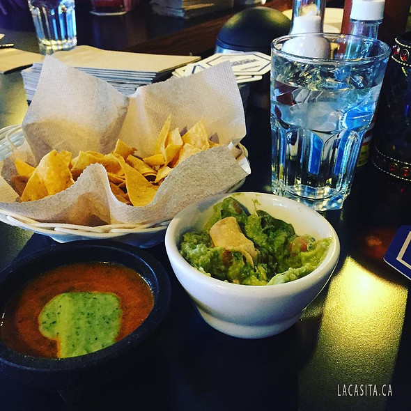 free chips with salsa