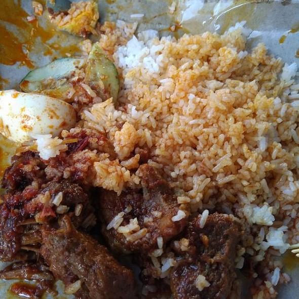 Nasi Lemak Daging Redang