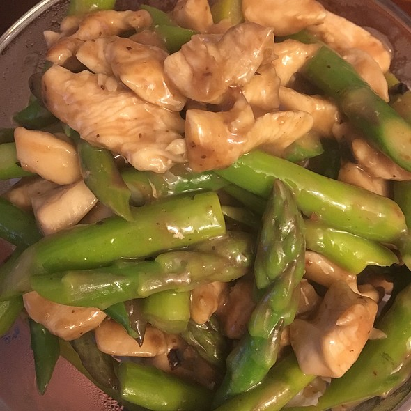Chicken & Asparagus In Black Bean Sauce @ Mi Casa SF