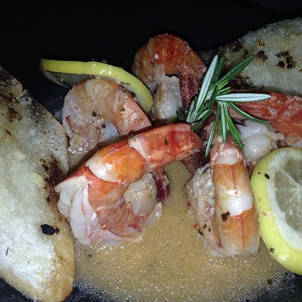 Shrimp In Lemon & Rosemary Butter