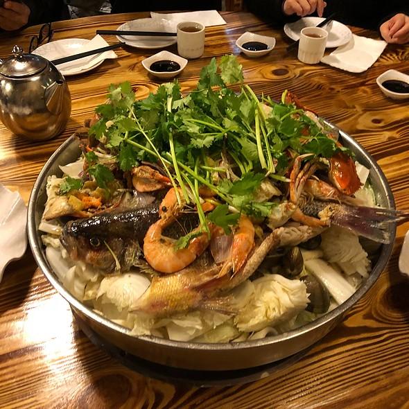 Poon Choi - 盤菜