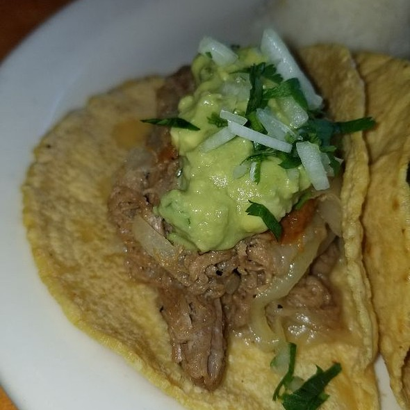 Carne Deshebrada Taco