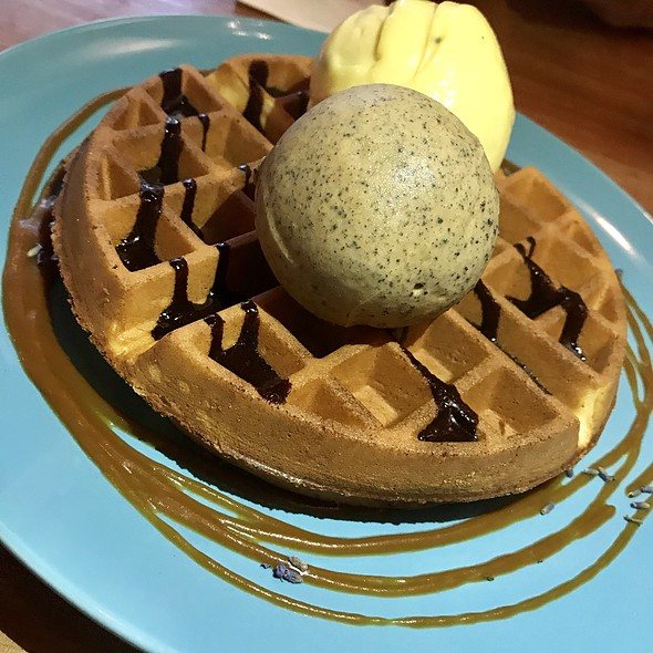 ORIGINAL BROWN BUTTER WAFFLE & ICE CREAM  @ FATCAT Ice Cream Bar