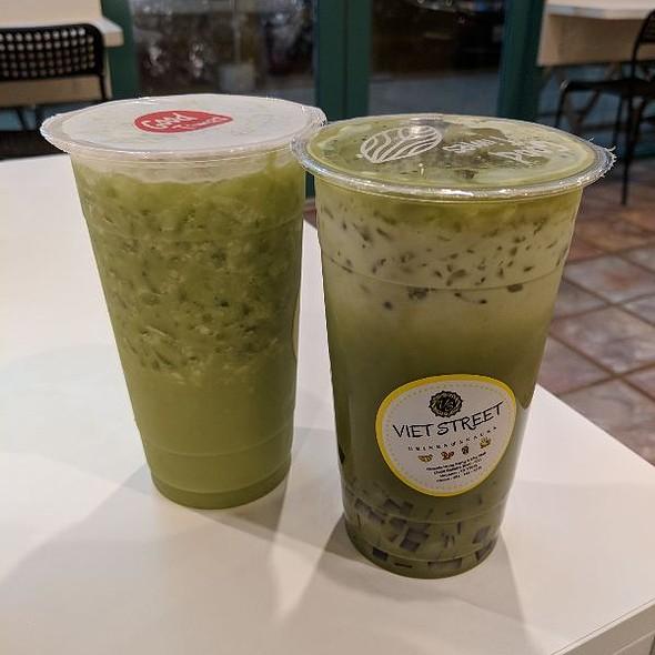 Matcha Tea & Pennywort w/ Coconut