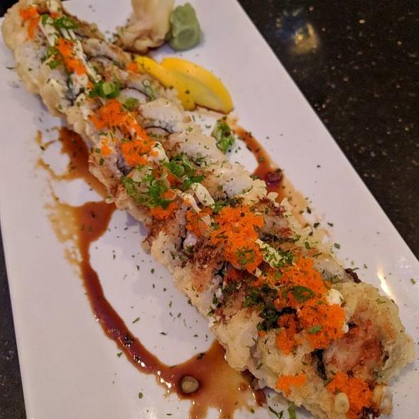 Dominion Roll @ Koshi Sushi Bar