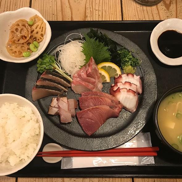 Sashimi Set @ 梅山鉄平食堂