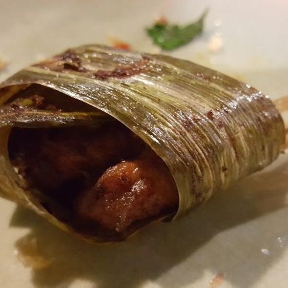 Chicken wrapped in Pandan Leaf @ Ruen Mallika