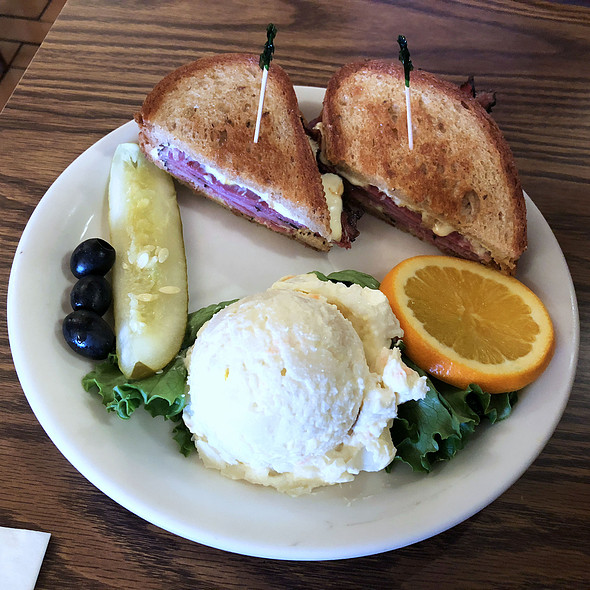 Pastrami Sandwich @ Original Pancake House