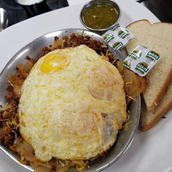 Laredo Chorizo Platter @ Caramelo Cafecito