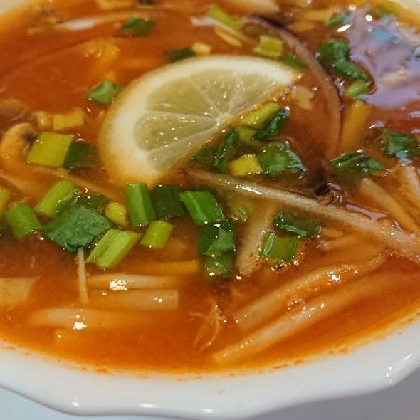 Thai-spicy soup @ Halong