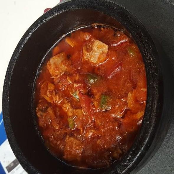 Tuna Yemeni Hot Pot