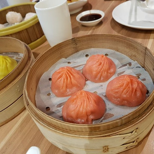 Steamed Crabmeat Xiao Long Bao