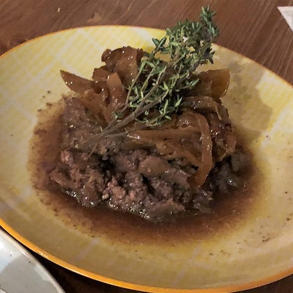 Hühnerleber / karamelisierte Zwiebel   @ Paco Restaurant