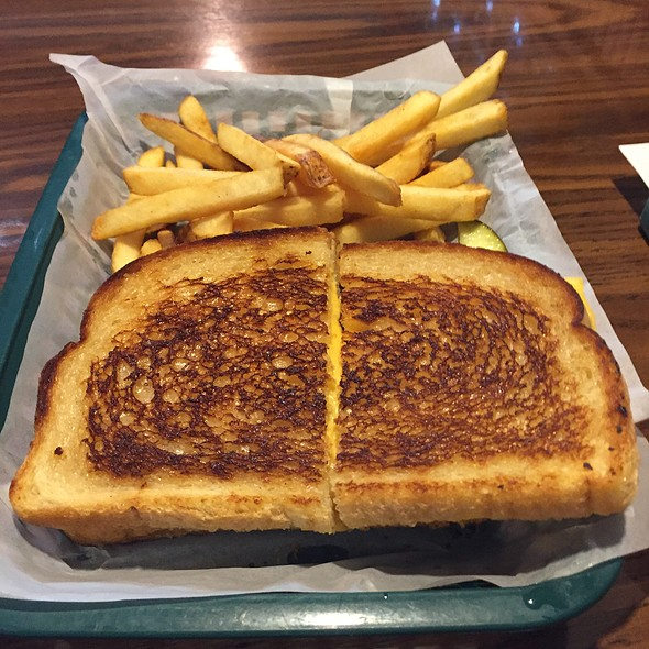 Grilled Cheese Sandwich With French Fries