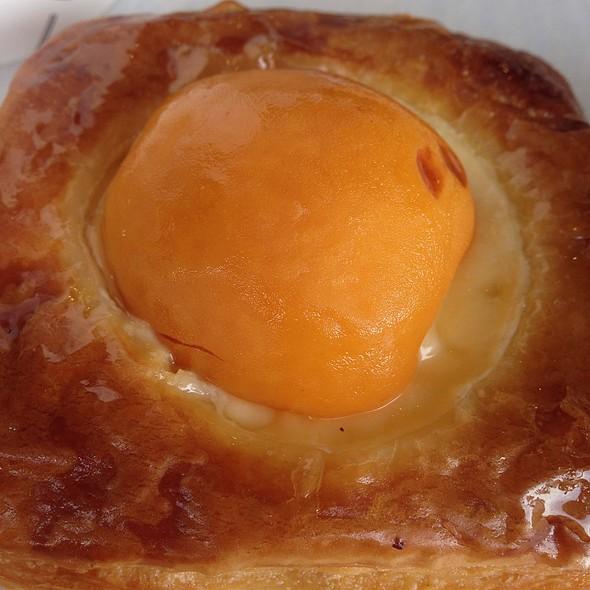Apricot Pastry @ Paris Baguette