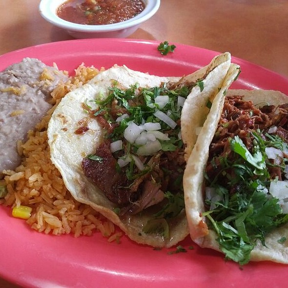 Dos Tacos W/ Beans (Speedy Gonzales)