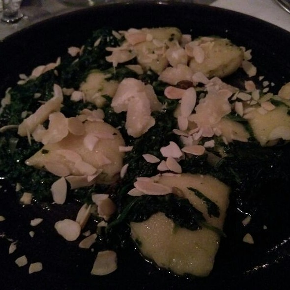 Stuffed Ricotta Ravioli With Spinach And Almonds