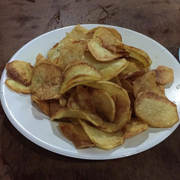 Fried Slice Chips @ Naughty Nuri's