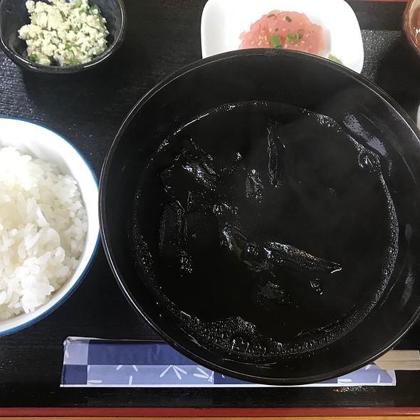 イカ墨定食