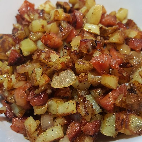 Portuguese Sausage Hash
