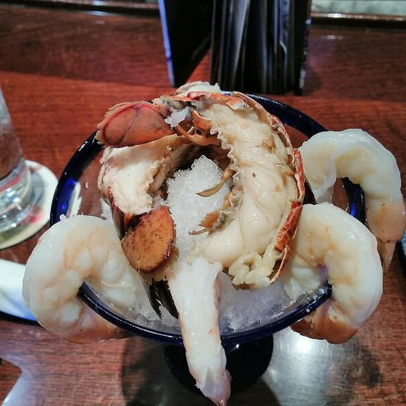 Chilled Shrimp And Lobster Cocktail