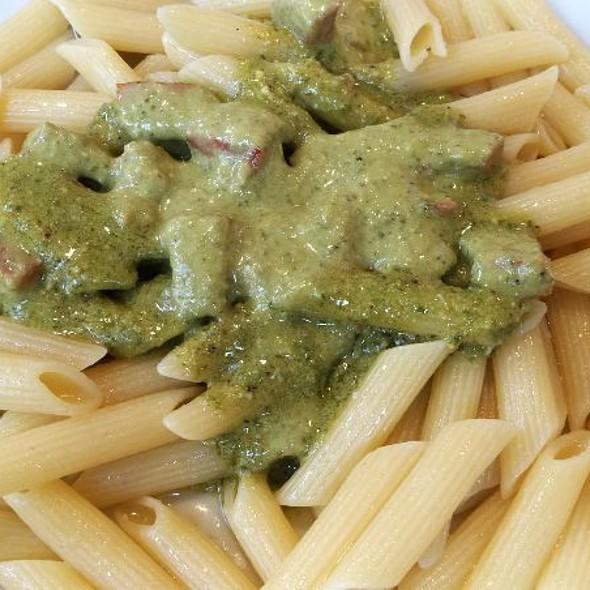 Pasta Pomodorini E Pesto @ Bar Silei