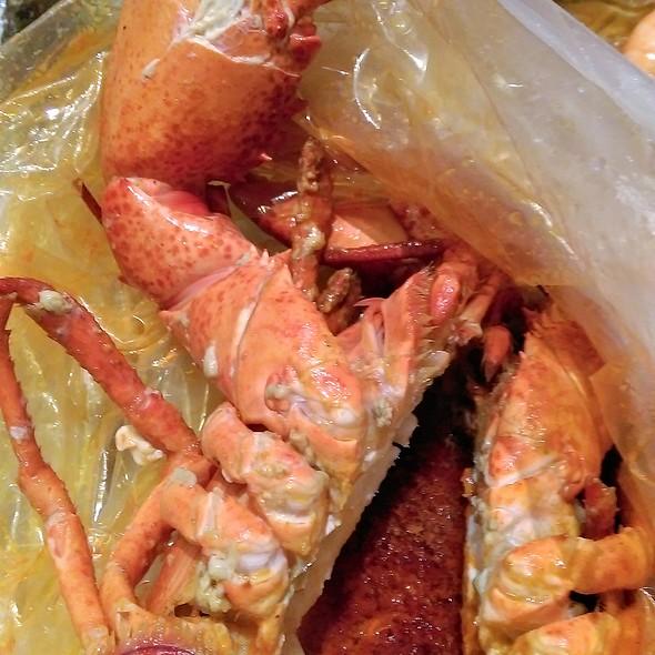 Steamed Lobster in Cajun Sauce