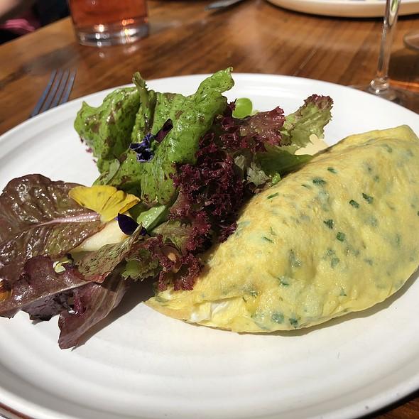 Truffled-Champagne Omelet
