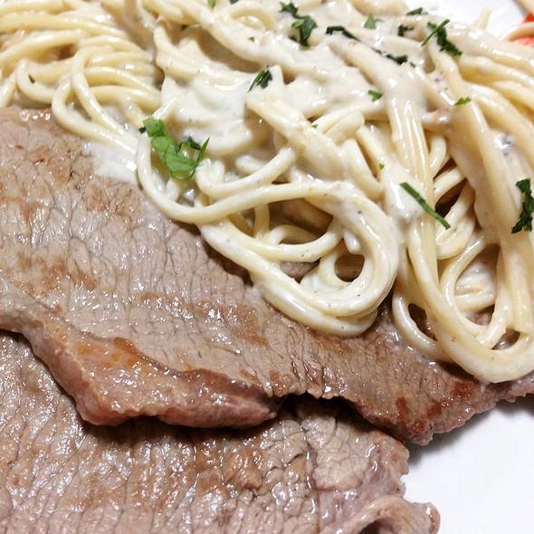 Filete Con Espaguettis Al Cabrales