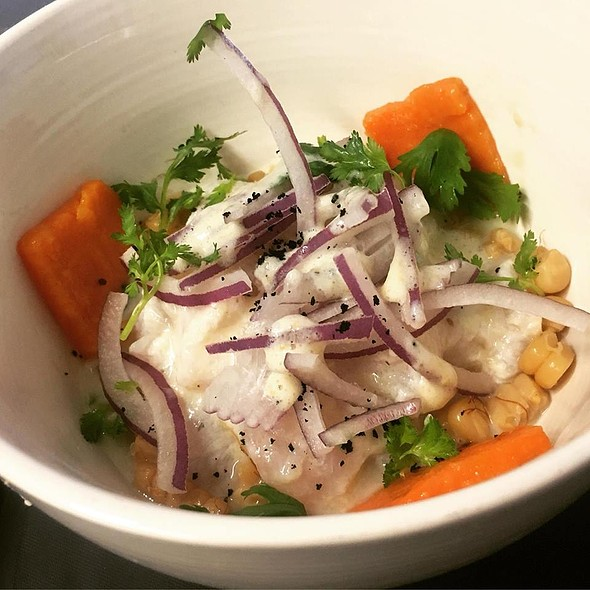 Queen Snapper Ceviche with citric foam