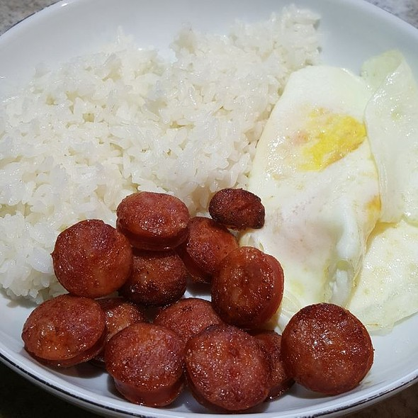 Portuguese Sausage, Eggs And Rice