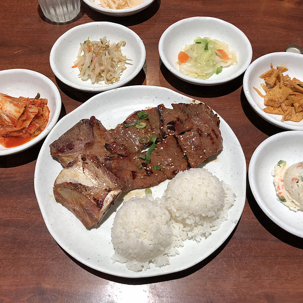 Kalbi Plate with Banchan