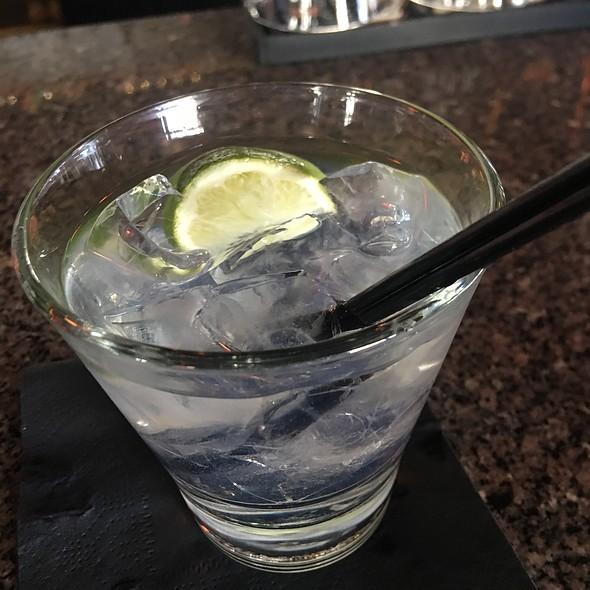 Tito's Vodka And Soda