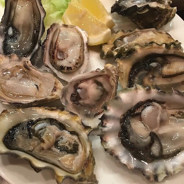 Raw Oysters On The Half Shells @ nikkyu japanese restaurant