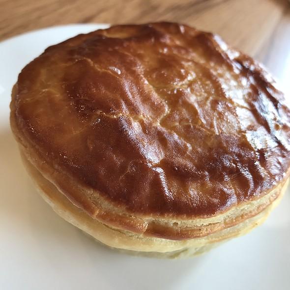 Chicken Pie @ COSTA COFFEE