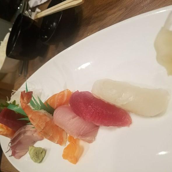 Sushi & Sashimi Set Course