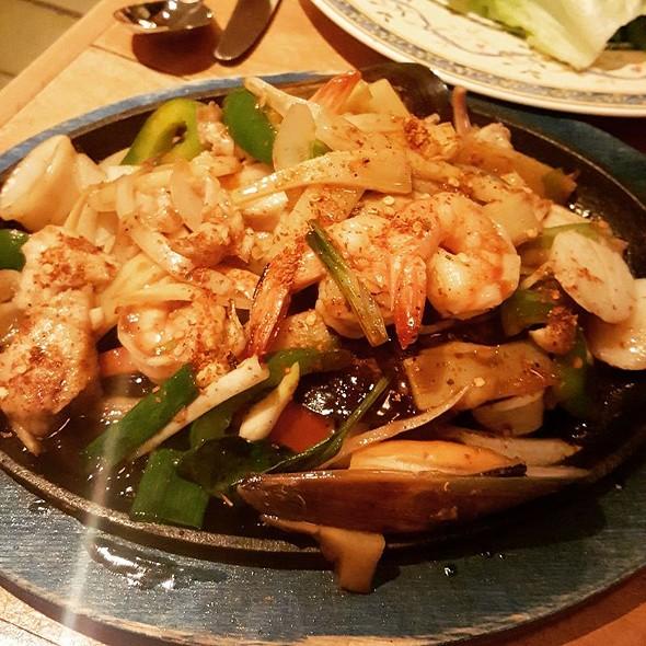 Holy Basil Seafood