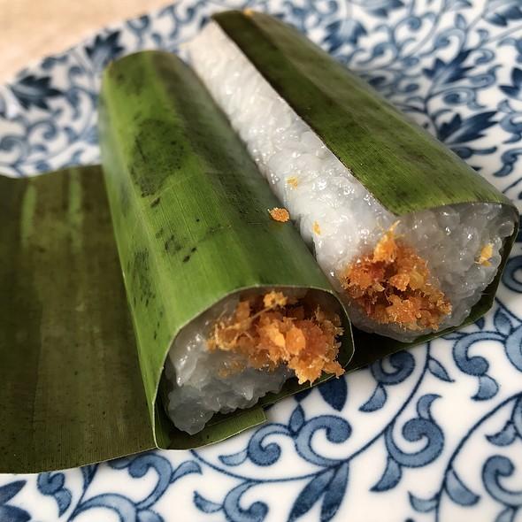 LEMPER UDANG 蓝花虾糯米卷