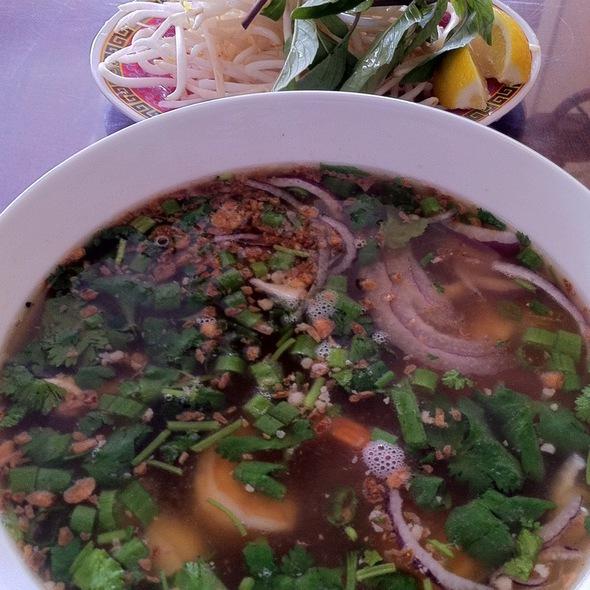 Phnom Penh Noodle Soup @ Cambodian Noodle House