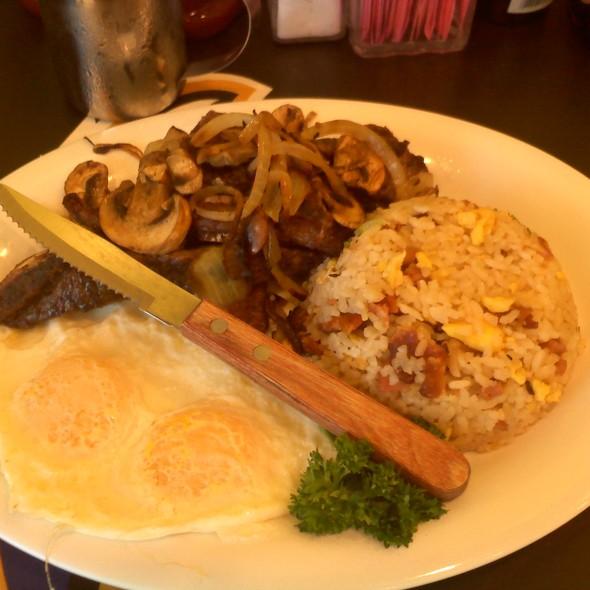 Hawaiian Style Pulehu Ribs @ Boots & Kimo's Homestyle Kitchen