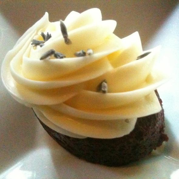 Red Velvet Cake @ Purple Cafe and Wine Bar