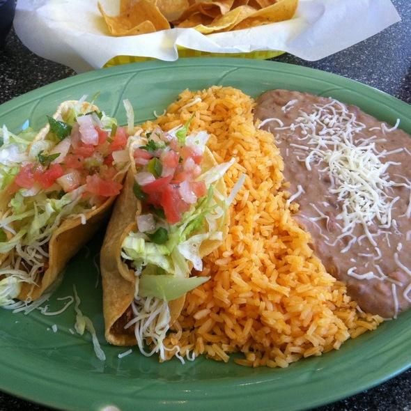 Crispy Chicken Tacos @ Roberta's Cosina Mexicana