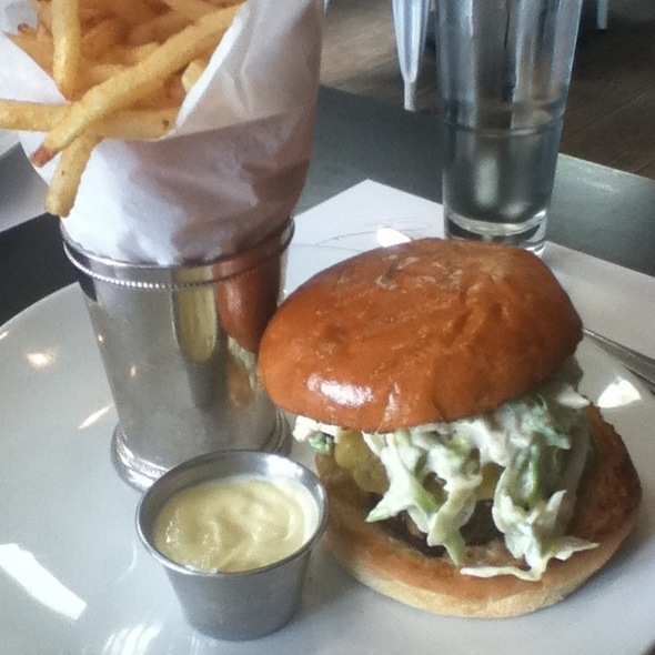 The Comme Ca Burger @ Comme Ca