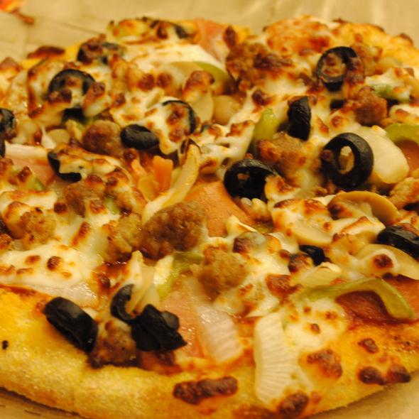 Extravaganza Pizza @ Domino's Pizza
